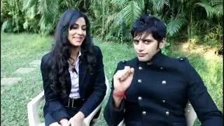Karanvir Bohra on set with Mala Salariya...