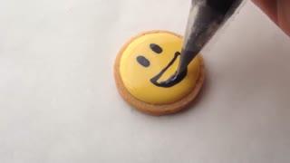 شکلک ها با استفاده از رویال آیسینگ
