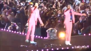 همون کنسرتی که یکی از بچه ها میخواسته     EXO/LUCKY