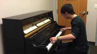 نواختن زنگهای مشهور موبایل با پیانو