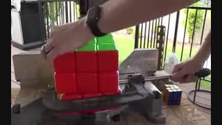 در داخل یک مکعب روبیک چه وجود دارد?
