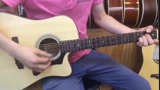 گیتاری که برای یونگ هوا توسط فن کلاب های خارجی و ما فرستاده شد