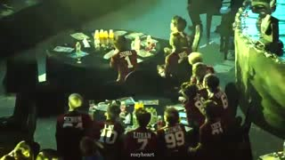 exo reaction to shinee