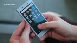 نمای نزدیک از اسمارت فون Sony Xperia X Compact