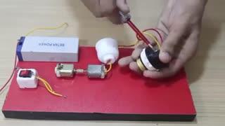 ساخت موتور ژنراتور ساده در خانه!!!