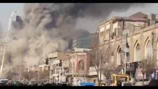 لحظه وحشتناک ریزش ساختمان پلاسکو تهران