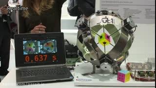 کمترین رکورد حل روبیک توسط ربات در 0.637 ثانیه