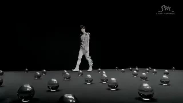 موزیک ویدیو Mama از EXO-M با زیرنویس فارسی