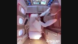 دقت و سرعت خدمه پرواز امارات در آنکارد کردن صندلی های ویژه هواپیما B77