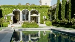 Modern villa in Tuscany