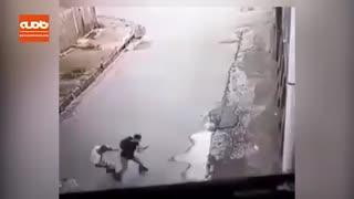 عکس العمل مرد چینی در مقابل یک سارق
