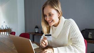 چطور میتوانیم به کسب درآمد آنلاین برسیم؟ - رسانه موفقیت یوکن